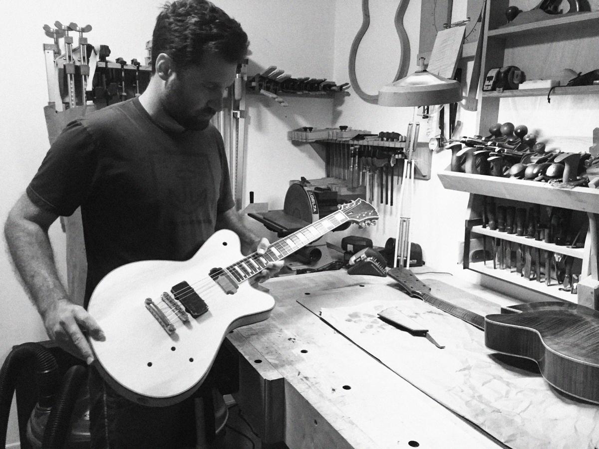 WT_NL_Guitar